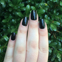 Black nails, fake nails, black acrylic nails, set of nails