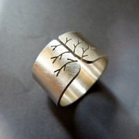 Silver tree ring, autumn tree ring, wide band ring, metalwork jewelry, statement ring, minimalist