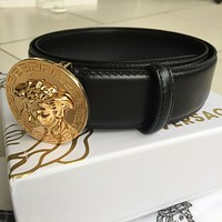 NWT Versace Round Gold Medusa Buckle Black Leather Men's Belt 100/40 fit 35-36