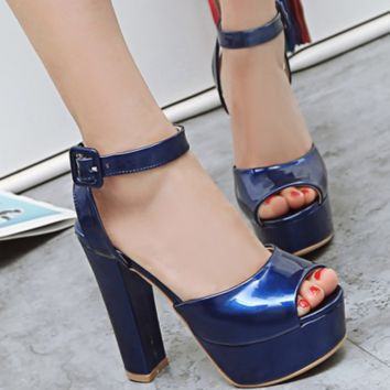 New summer high heel high patent leather thick with fish mouth button sandals