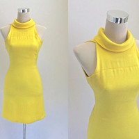 1960' Dress - 60's Vintage Dress - Mod Retro - Metal Zipper - Sunshine Yellow Mini Dress - XS