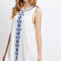 Floral Embroidery Sleeveless Loose Dress