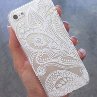 Apple iPhone 4, 4s 5 5s 5c 6 & 6 Plus/Samsung S3,S4,S5 Henna Paisley Floral White Cover Case