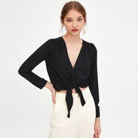 CROP TOP WITH KNOT DETAILS