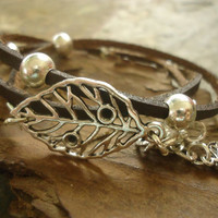 LEAVES in BROWN LEATHER  leather wrap bracelet & beads