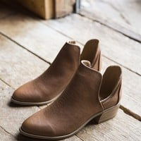 Cut Out Boot, Camel