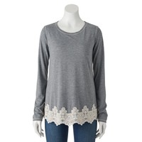 Juniors' Rewind Scalloped Lace Tee
