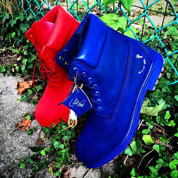 Custom solid colored dyed and painted Timberlands