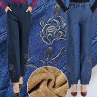 2017 New design velvet embroidered jeans for pretty girls