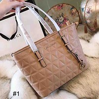 MK 2018 new wild style rhombic shopping bag large capacity handbag Messenger bag Apricot
