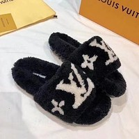 Louis Vuitton LV new fashion jacquard letter flat bottom hairy drag shoes