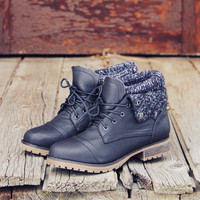 The Nor'wester Boots in Black