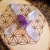 Wood Grid Sacred Geometry Crystal Grid Flower of Life Wood Burned Grid Wood Slice Grid Raw Crystal Healing Crystals and Stones Peace Grid