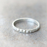 Stud Ring in sterling silver
