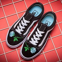 Vans Canvas Rose Embroidery Old Skool Sneakers Sport Shoes