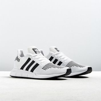 adidas Swift Run Sneaker | Urban Outfitters