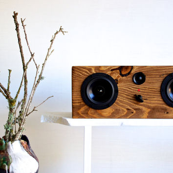 Bluetooth Reclaimed Wood Speaker || Handmade from Reclaimed Pine || Weston Speaker | Walnut Stain || FREE SHIPPING
