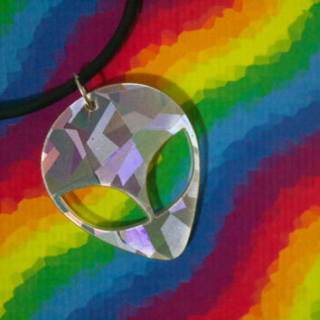 90s HOLOGRAPHIC ALIEN Acrylic Pendant,Grunge,Pastel Goth holographic alien,X Files Alien UFO, Silver Space Sci Fi
