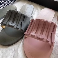 New metal letter flat slippers leisure flip-flop beach sandals slippers Pink
