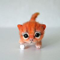 Needle felted little orange kitten. Tiny cute cat with ball. Miniature animal. Sweet gift. Small toy.