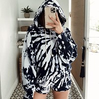 2020 new women's tie-dye printing long-sleeved hooded sweater casual shorts two-piece suit