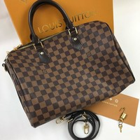 Louis Vuitton Lv Bag #572