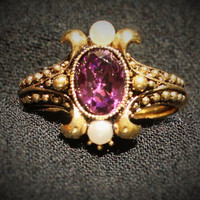 Vintage Victorian Style Ring Avon Faux Amethyst and Faux Pearls in Antique Gold Tone