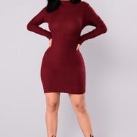 Frankie Ribbed Dress - Wine