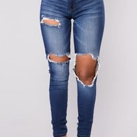 Picture Perfect Jeans - Medium Denim