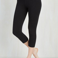 80s Cropped Rise to the Crop Leggings in Black