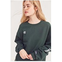 Champion The round neck sleeve head champion's chest embroidery logo minimalism Dark green