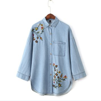 Floral  embroidery Causal loose bat sleeve denim shirt B0016410