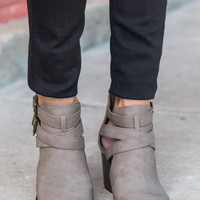 Bad Moon Riding Booties, Taupe