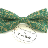 Green bow tie with shiny golden pattern, wedding bow tie, green tie, bow ties for men, gold bow tie