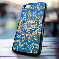 Mandala design for iPhone 4/4s, Iphone 5, Samsung Galaxy S3, Samsung S4, Blackberry Z10, Ipod 4 & Ipod 5 from stevaz store