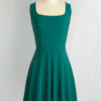 Mid-length Sleeveless A-line Eyelet Getaway Dress in Forest