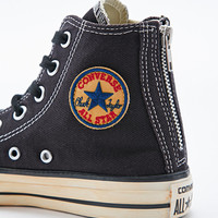 Converse Chuck Taylor Zip Trainers in Black - Urban Outfitters