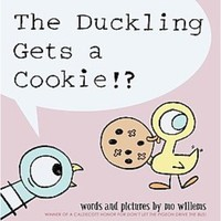 The Duckling Gets a Cookie!? by Mo Willems (Boardbook)