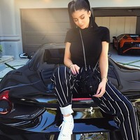 Instagram photo by Kylie ( @kyliejenner ) Sun, 18 Jun 17 18:30:22 +0000 • pikore.co