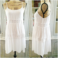 THE WISHING WELL DRESS IN WHITE