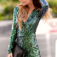 Green Long Sleeve Deep V Neck Sequined Dress