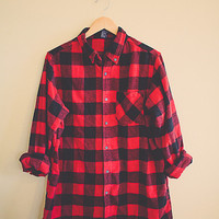 Buffalo Plaid Red Flannel  Black  Men's Hipster Thick Cozy Northwest Seattle Style Preppy Size Men's  Large L