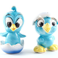 Vintage Salt and Pepper Shakers Blue Bird and Egg Shell Kitsch Retro / 60s 70s