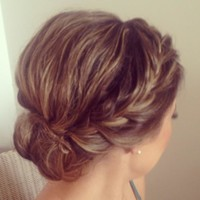 Messy Updo & Braid - Hairstyles and Beauty Tips