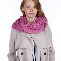 Pink Cable Knit Women' Scarf