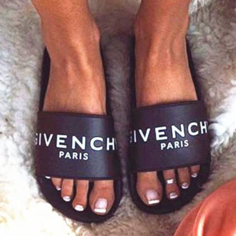 Image of Givenchy Woman Fashion Sandals Slipper Shoes