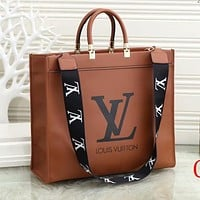 LV Louis Vuitton new product printed letters ladies shopping shoulder bag messenger bag handbag