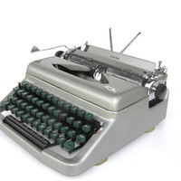 Silvery gray typewriter great working condition Royal Diana Netherlands Holland retro writer home fecor office decor