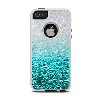 The Aqua Blue & Silver Glimmer Fade Apple iPhone 5-5s Otterbox Commuter Case Skin Set