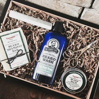 Joe - The Deluxe Beard Kit to clean, nourish and style